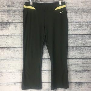 Nike-Fit Dry-Capris Yoga Pants